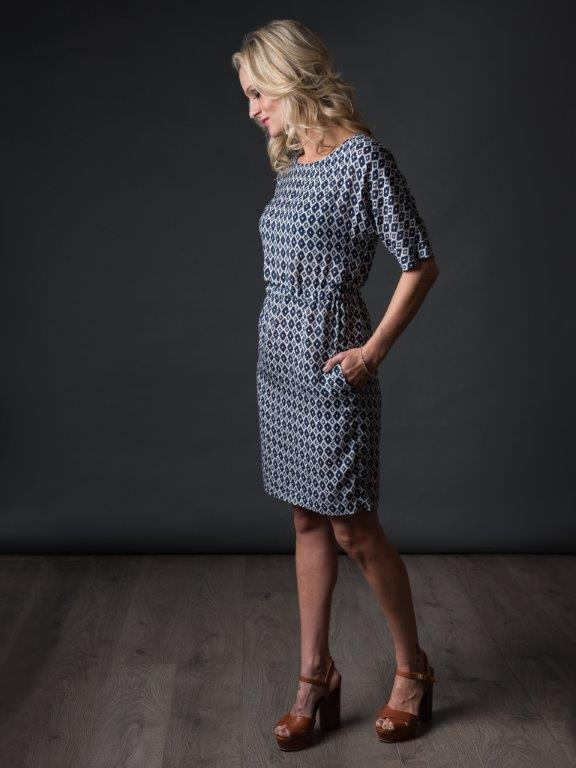 The Sheath Dress – Info & Tutorial – The Avid Seamstress